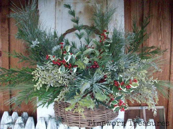 Holiday Door Basket