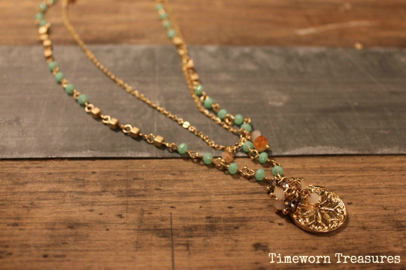 Dainty layered necklace with pendant