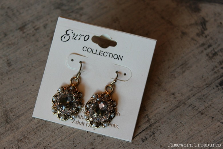 Vintage inspired earrings - great for a wedding